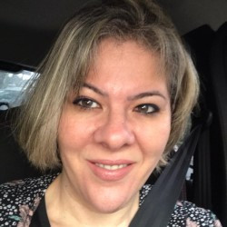 Débora Schettini da Silva Alves